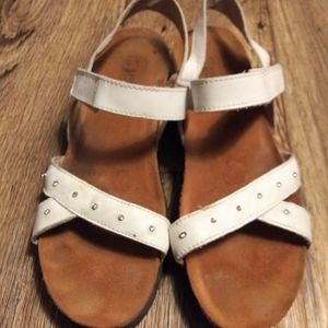 Womens Naot White Leather Sandals